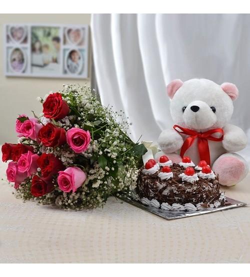 Roses Cake Teddy